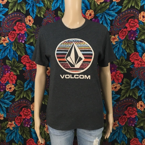 Volcom Tops - WOMEN'S VOLCOM STONE SKATE SHIRT SIZE LARGE